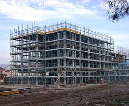 Risultati immagini per immagini di cantieri edili